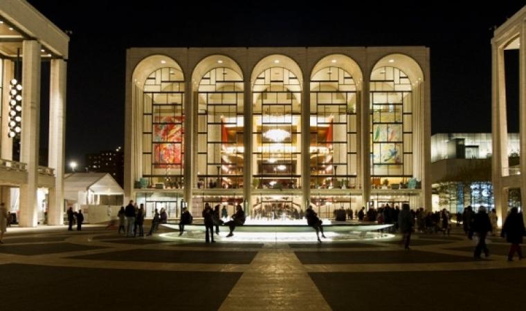 Метрополитън опера ще излъчва представления безплатно заради коронавируса